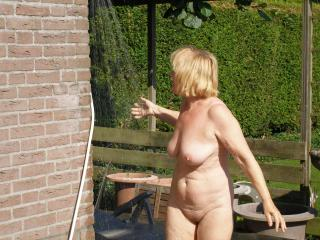 Naked outdoors in summer is my dream
