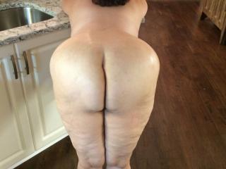 Anna's huge massive big ass