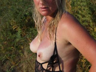 MILF Slut shows off outdoor