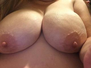 Nice big tits and close-up pussy lips...