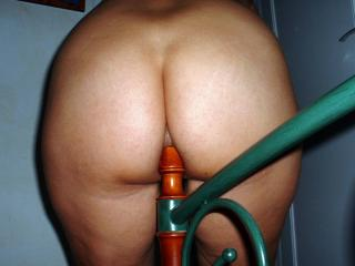 Bedpost sitting 3 of 8