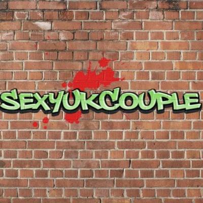 sexyukcouple