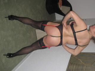 Babe posing in lingerie