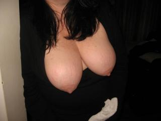 Wife Flashing Her Tits 1 of 9