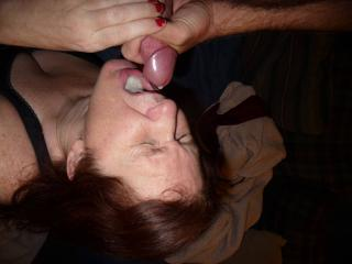 Great MILF aniversary blowjob