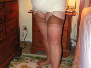 Mature Plumper in Girdles 14 of 20