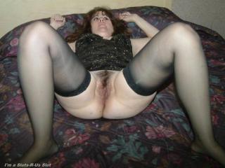 Slut mom spreads 02