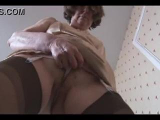 Hairy pussy floorshow