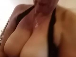 Busty tits