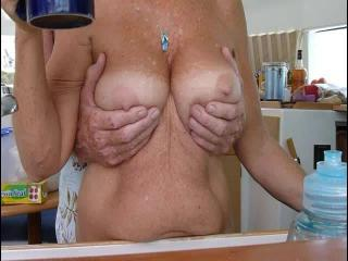 Moving Tits