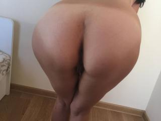 HOT WIFE 2 of 9
