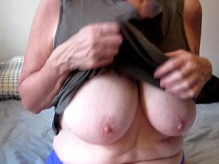 Hypno-Tits