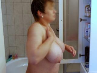 Tit queen