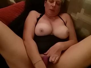 3TOYS AND 1 COCK