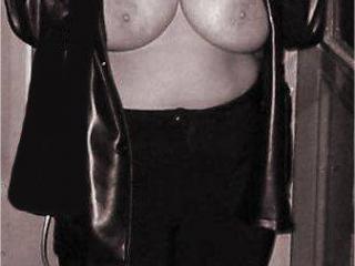 Black&White Tits2