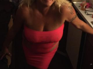 Hot Blonde Milf is SEXY! 3 of 19