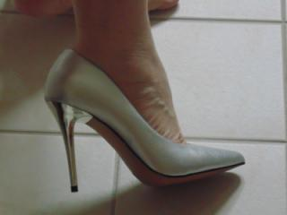 naked in high heels 2 of 20