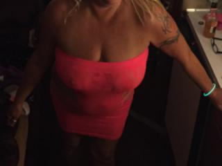 Hot Blonde Milf is SEXY! 11 of 19