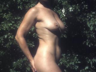 Yvonne outside nude