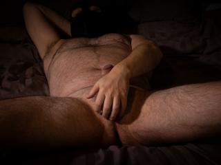 Swollen shaven pussy video