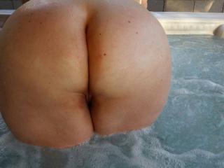 Hot tub SelfieS