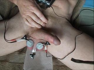 Electro pulsed balls
