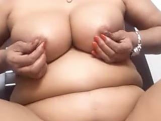 bbw anal posing