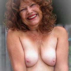 Nadine63