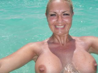 Big tits learn to swim ;-)