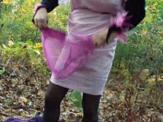 Crossdresser Outdoors 7 of 20