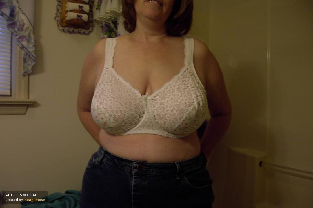 40 ddd tits