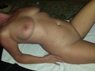 Mrs Kidd is a sexy little slut !!
