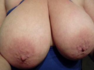 Big boobs on show