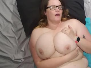 Bbw belly cum shot