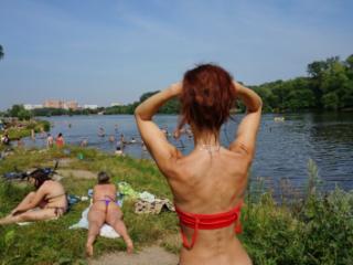 Red bikini no 3