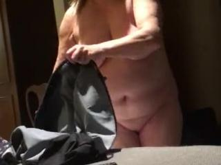 bbw wife stripping