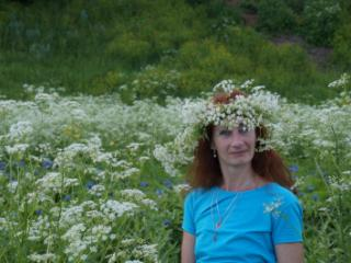 In the White Flowers 10 of 20