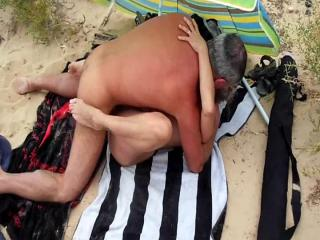 amateur cuckold public beach
