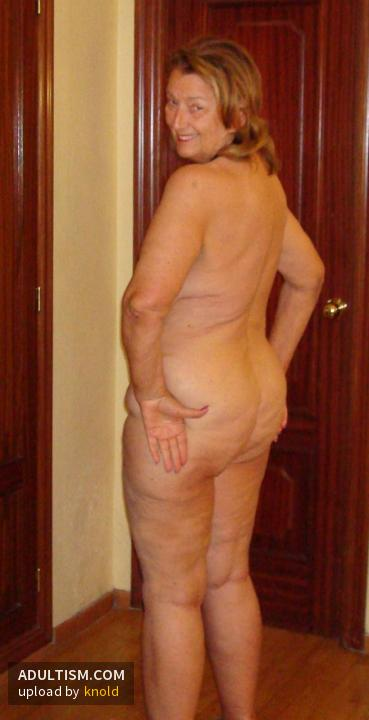 Was specially Top model nude mature
