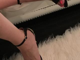 Elegant Feet and Heels